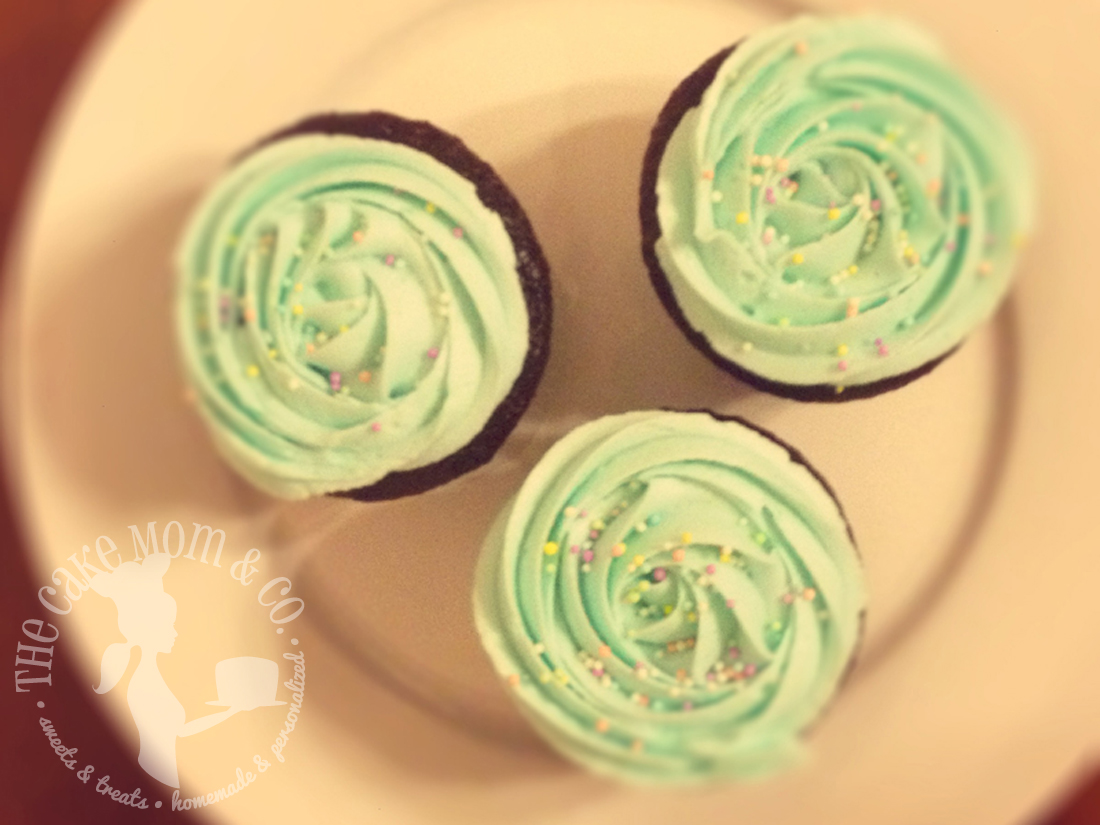 Minty-Green Rosette Cupcakes