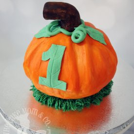 Pumpkin Smash Cake